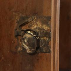 Tuscan Four Door Walnut credenza Circa 1640 - 905894
