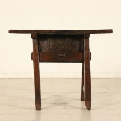 Tuscan occasional table circa 1820 - 907987