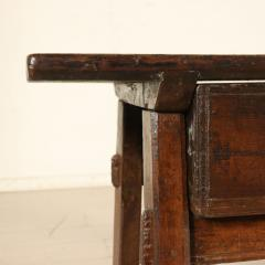 Tuscan occasional table circa 1820 - 907989