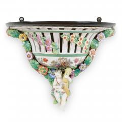 Two Meissen style decorative porcelain wall brackets - 1459512