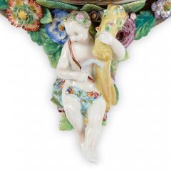 Two Meissen style decorative porcelain wall brackets - 1459514