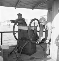 U S Navy Diving Air Pump Mark III by Morse - 689020