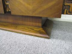 United Furniture Company Paul Evans style Walnut Sculptural Credenza Mid century Modern - 1775317