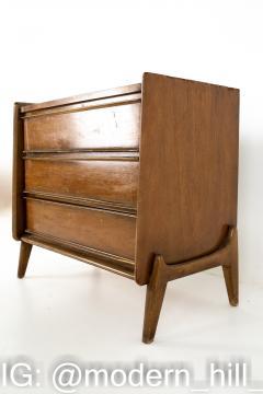 United Mid Century 3 Drawer Dresser Chest - 1869323