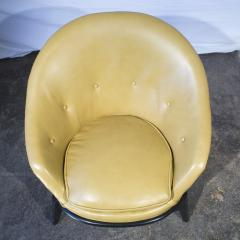 Unknown Artist Two mid century Lounge Chairs - 60010