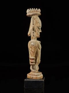 Urhubo People Nigeria Family Ancestor Statue with rests of Kaolin  - 1980771