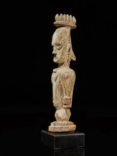 Urhubo People Nigeria Family Ancestor Statue with rests of Kaolin  - 1980785