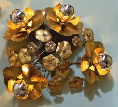 Valerie Wade Quadruple Lotus flower wall light - 828638