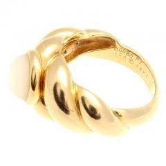 Van Cleef Arpels Moonstone Gold Ring - 390693