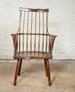 Vernacular Windsor Comb Back Chair - 1984441