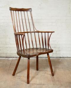 Vernacular Windsor Comb Back Chair - 1984442