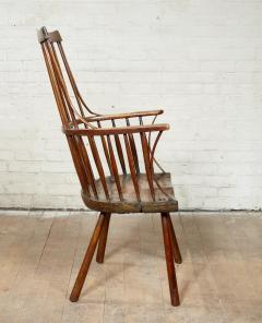 Vernacular Windsor Comb Back Chair - 1984443