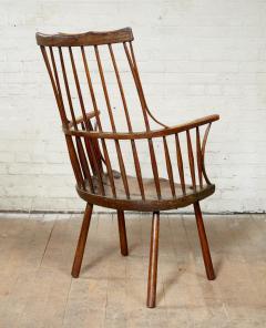 Vernacular Windsor Comb Back Chair - 1984444