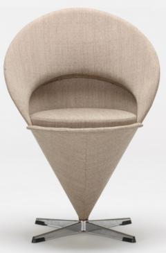 Verner Panton Verner Panton Cone Chairs - 675856
