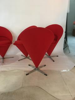 Verner Panton Verner Panton Cone Chairs - 912141
