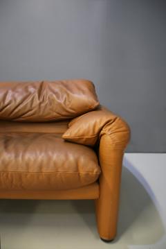 Vico Magistretti Maralunga sofa by Vico Magistretti for Cassina  - 1074115