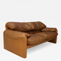 Vico Magistretti Maralunga sofa by Vico Magistretti for Cassina  - 1074372