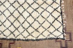 Vintage Mid Century Beni Ouarain Moroccan Rug - 338313