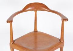 Vintage Model of Danish Mid Century Corner Chair - 657911