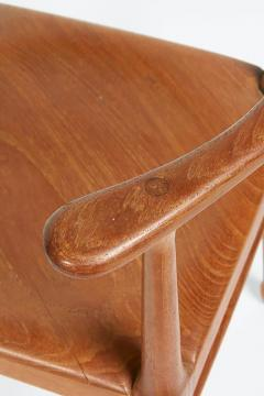 Vintage Model of Danish Mid Century Corner Chair - 657919