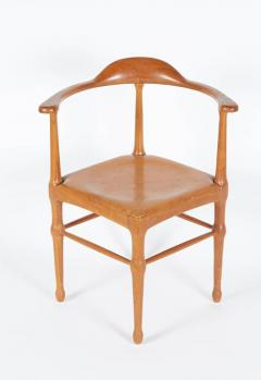 Vintage Model of Danish Mid Century Corner Chair - 657920