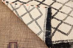 Vintage Moroccan Beni Ouarain of White Rug - 338311