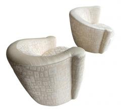 Vladimir Kagan Pair of Mid Century Modern Swivel Lounge Nautilus Chairs by Vladimir Kagan - 1939519