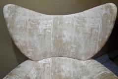 Vladimir Kagan Pair of Vladimir Kagan Large Swivel Greige Lounge Chairs for Directional - 768762