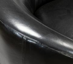Vladimir Kagan Vladimir Kagan Nautilus Swivel Chairs - 1467978
