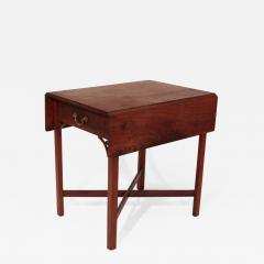 Walnut Chippendale Pembroke Table - 1331089