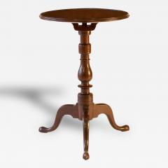 Walnut Queen Anne Candlestand - 90558