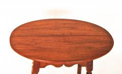 Walnut Queen Anne Oval Top Tavern Table - 1041710