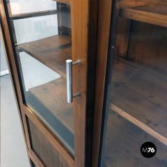 Walnut highboard with original glass 1930s - 2034869