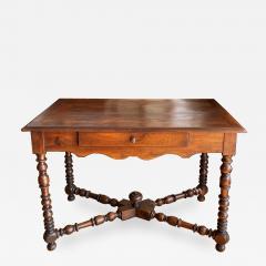 Walnut writing table Circa 1840 - 1554710