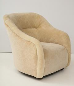 Ward Bennett Ward Bennett Sheepskin Club Chairs - 1136893