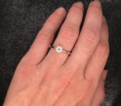 White Diamond Certified Color F on White Gold 18 k Solitaire Ring - 1164788