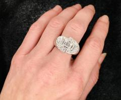 White Diamonds Round et Baguettes Cut on White Gold 18K Ring - 1209030