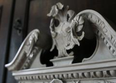 William Kent Pair of 18th Century George II Grey Painted Tablet Mirrors in the Manner of Kent - 666393