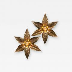 Willy Daro One of the Two Willy Daro Style Brass Flowers Wall Lights by Massive Lighting - 1344387