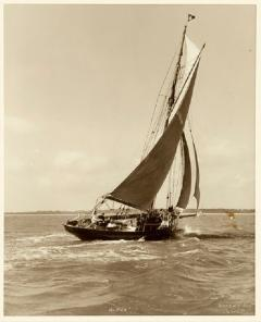 Yacht Alpha early silver photographic print by Beken of Cowes - 897971