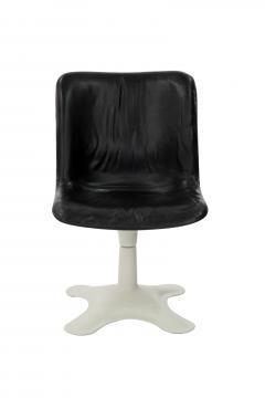 Yrjo Kukkapuro Pair of Leather Side Chairs by Yrjo Kukkapuro - 162825