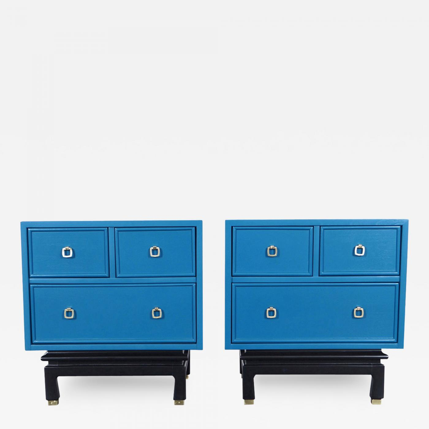 American of Martinsville Vintage Lacquered Nightstands by