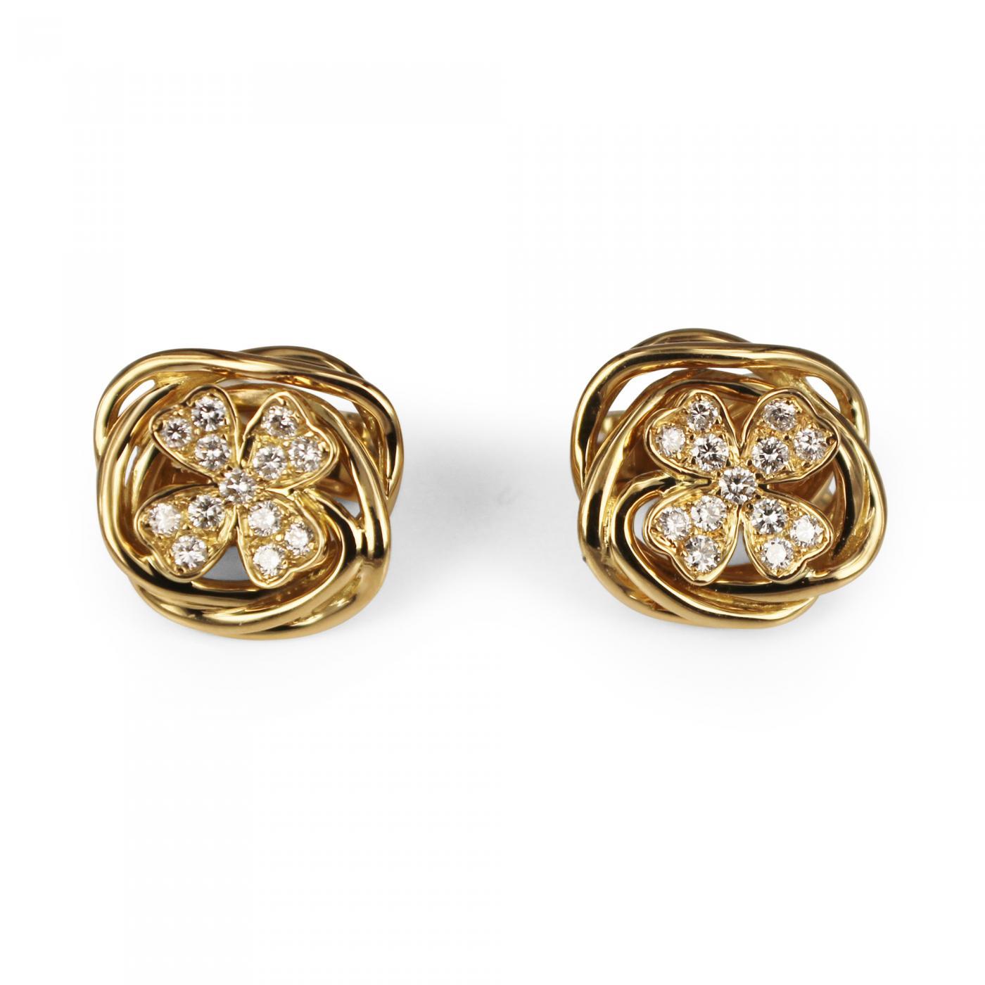 chanel chanel 4 leaf clover diamond earrings