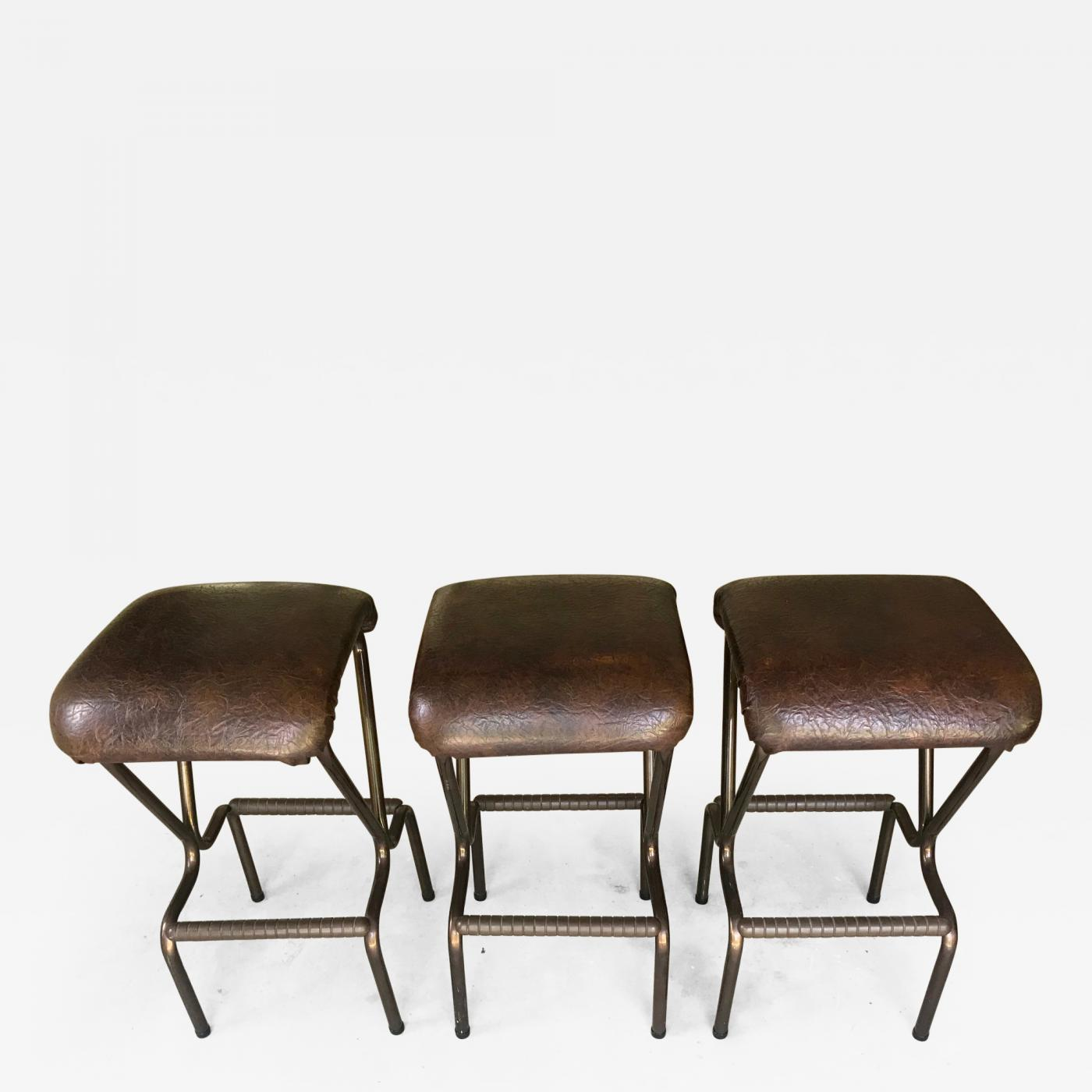 Awe Inspiring Daystrom A Set Of Three Mid Century Modern Bar Stools By Daystrom Dailytribune Chair Design For Home Dailytribuneorg