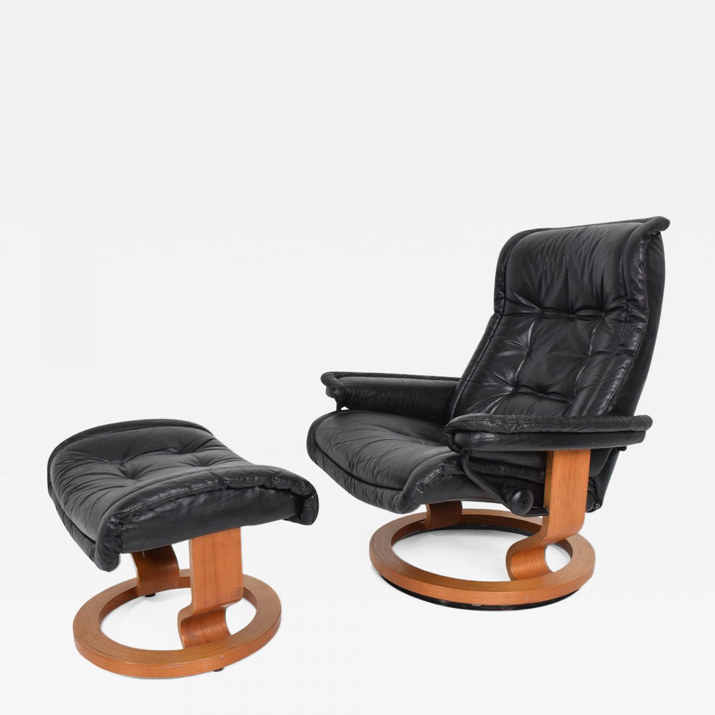 new product ad443 6bf91 Ekornes Stressless - Vintage Scandinavian Modern Ekornes Stressless  Recliner Chair & Ottoman
