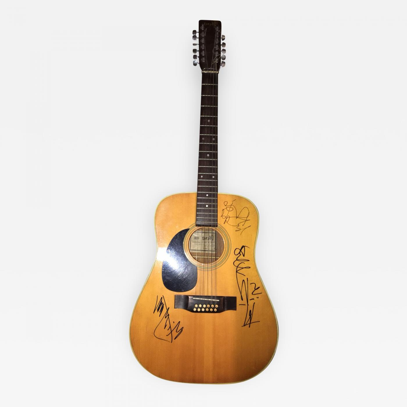rolling stones rolling stones autographed acoustic guitar. Black Bedroom Furniture Sets. Home Design Ideas