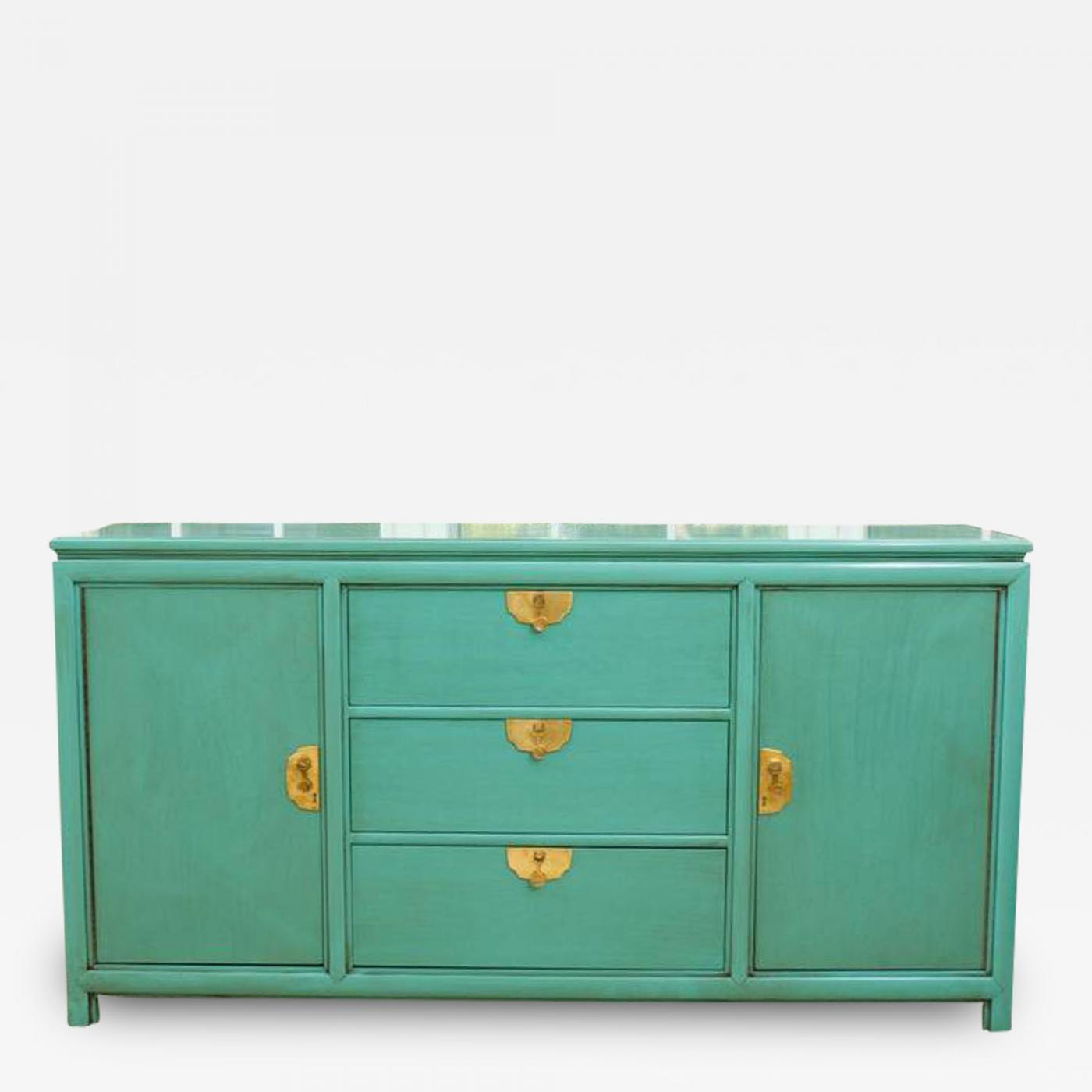 Listings / Furniture / Case Pieces / Cabinets