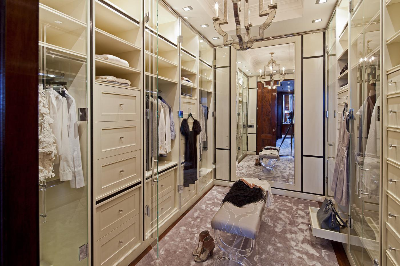 Dreamhouse: гардеробные.