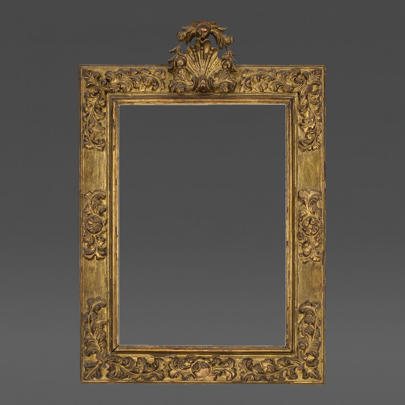 17th century fancy top frame with corners and centers for Picture frame corners