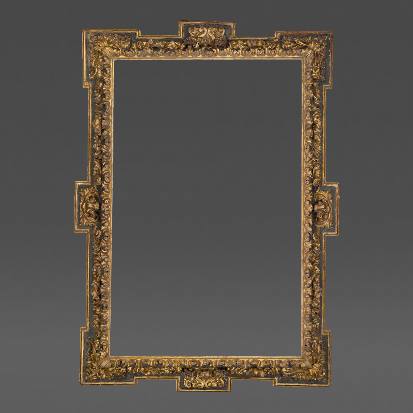 17th Century Spanish Receding Frame with Corners and Centers